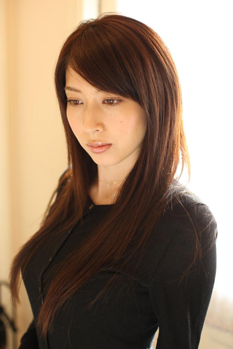 kobayashi_emi075.jpg