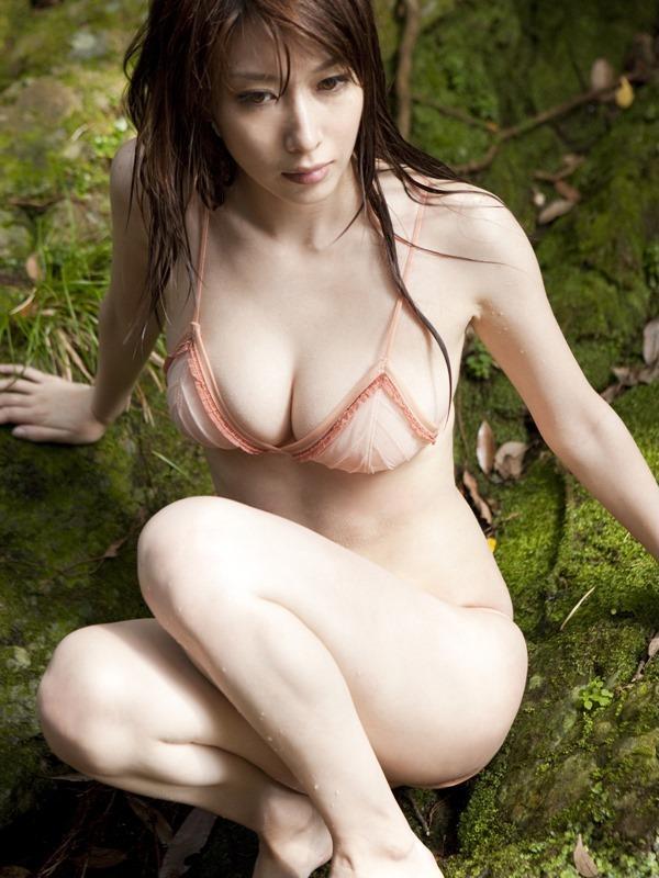 kobayashi_emi093.jpg