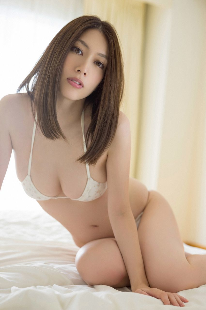 kobayashi_emi112.jpg