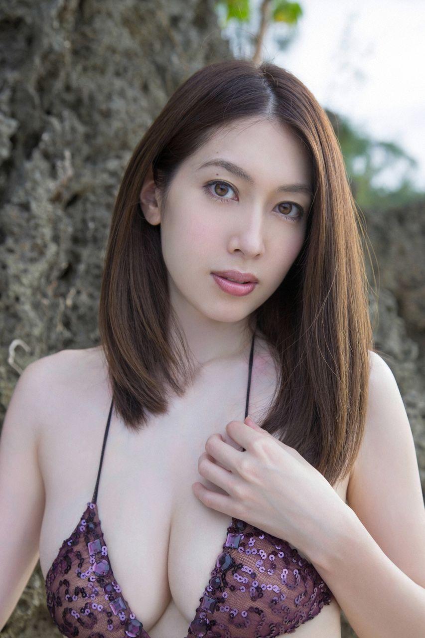 kobayashi_emi113.jpg