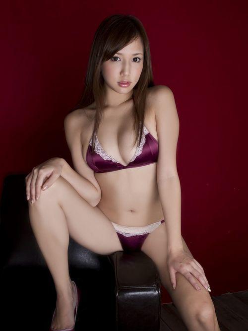 marutaka_manami238.jpg