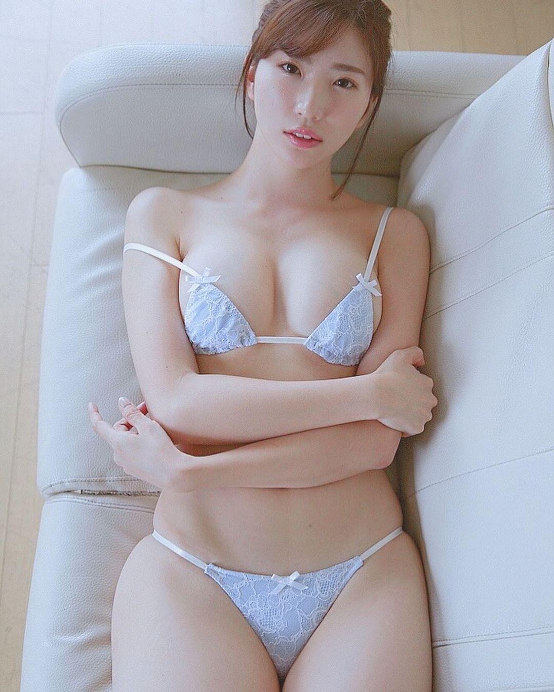 matsushima_eimi132.jpg