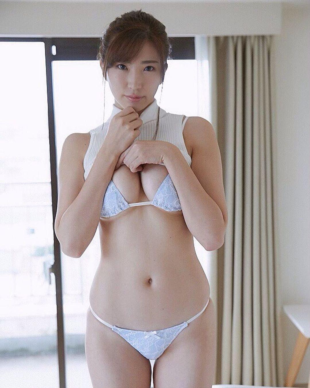 matsushima_eimi164.jpg