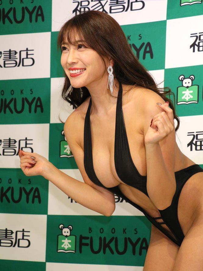 morisaki_tomomi212.jpg