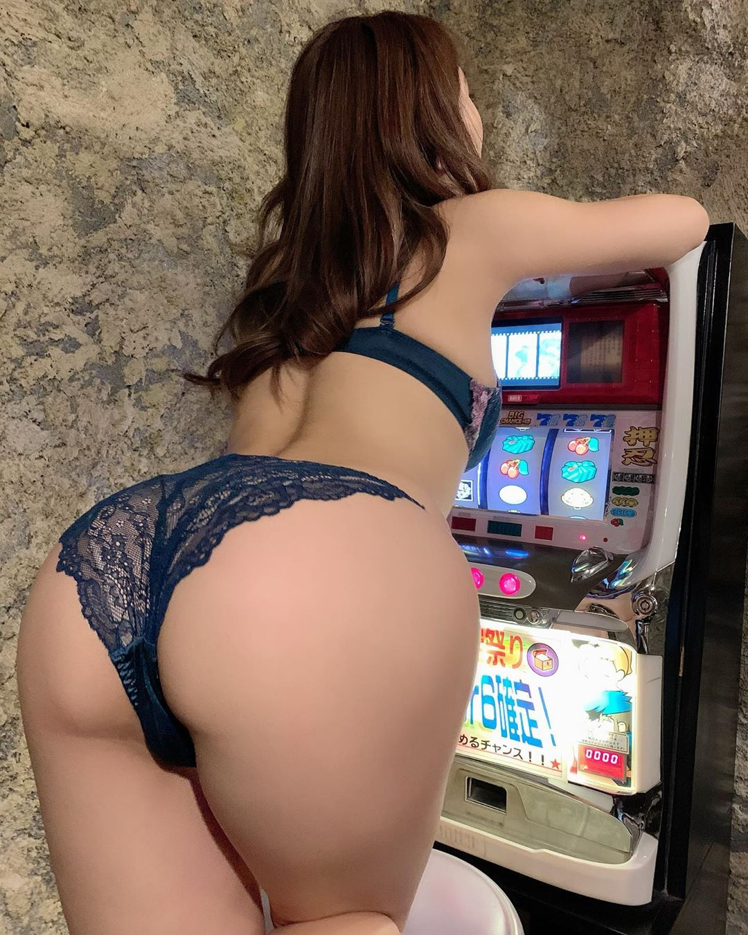 morisaki_tomomi232.jpg