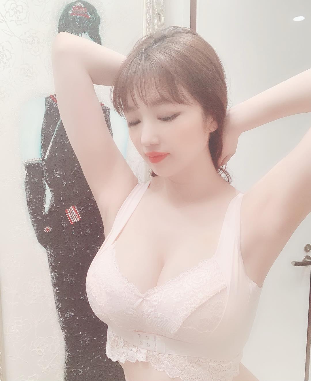 morishita_yuri210.jpg