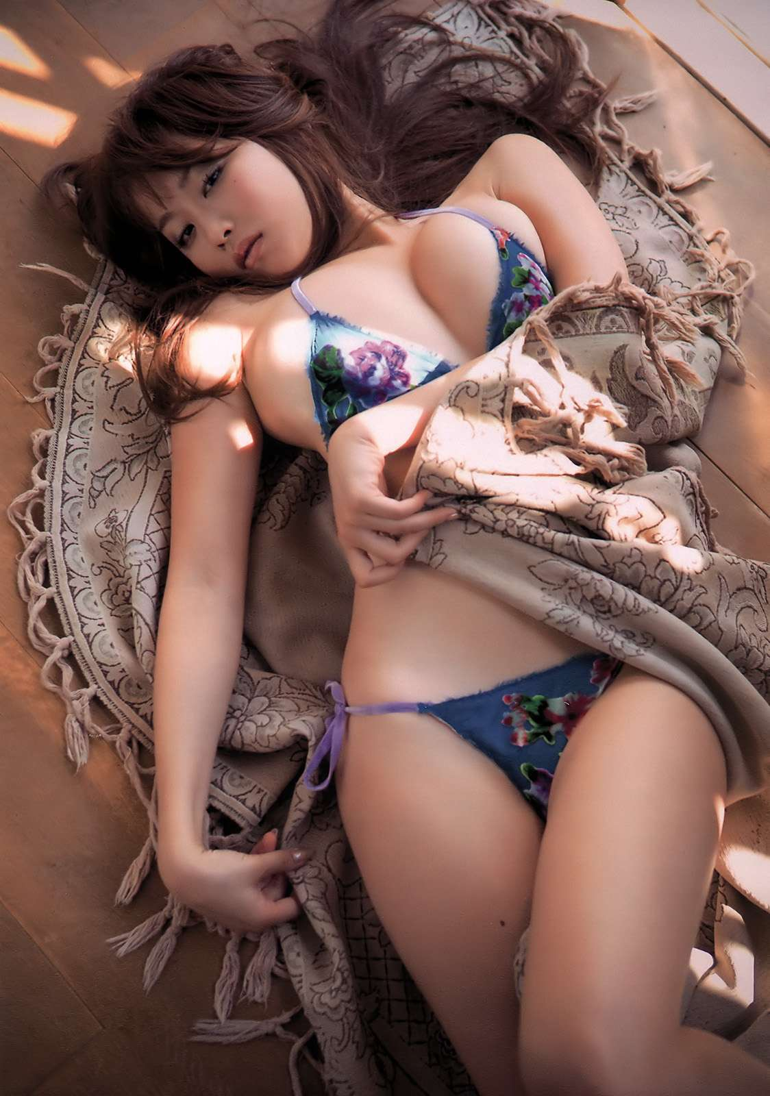 ohta_akina172.jpg
