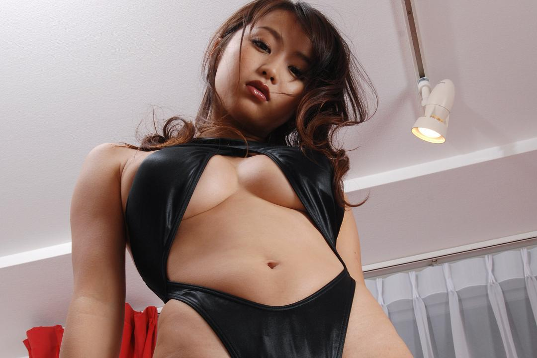 ohta_akina232.jpg