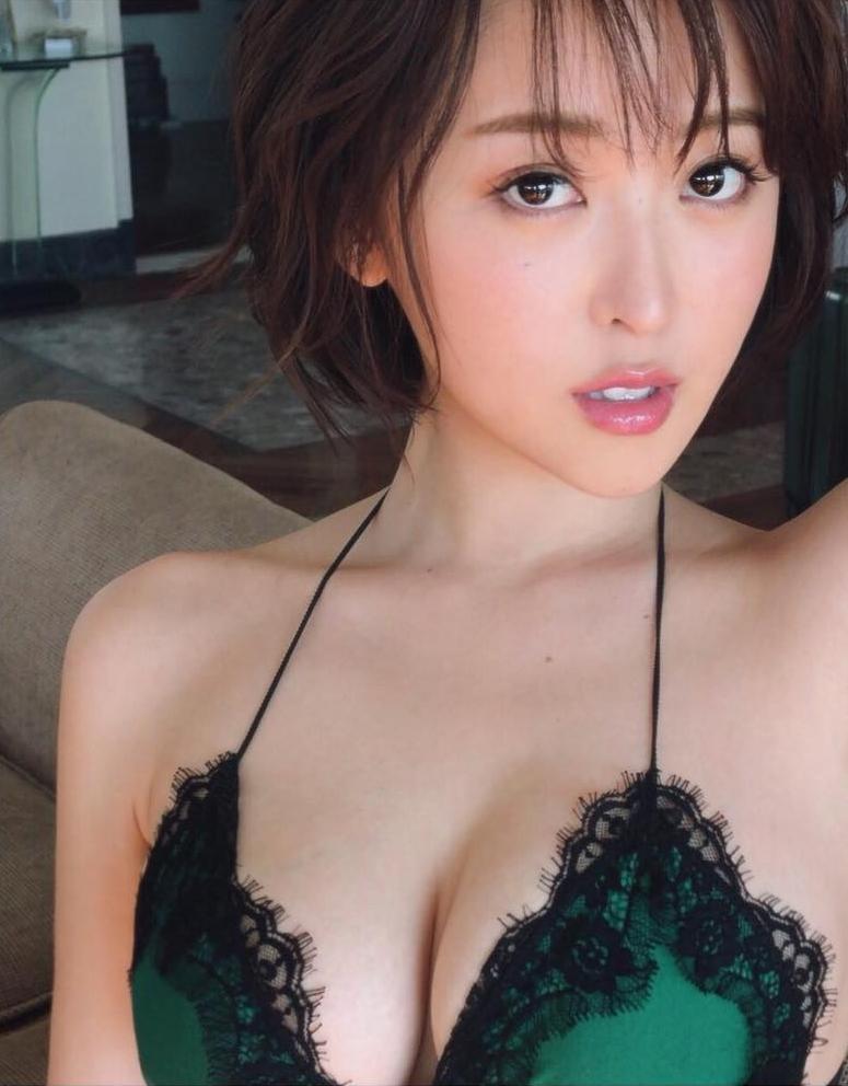 oshino_sara125.jpg
