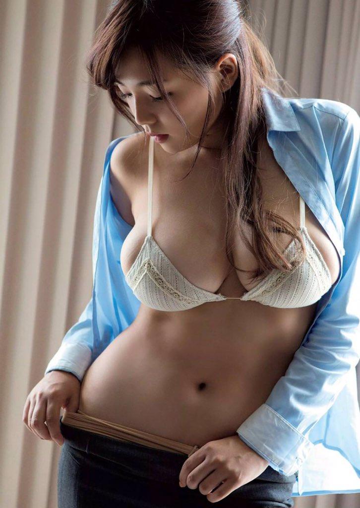 shinozaki_ai235.jpg
