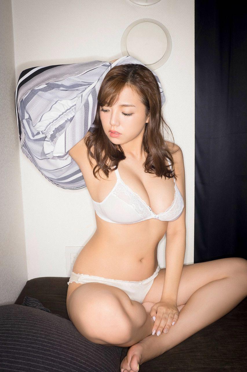shinozaki_ai255.jpg