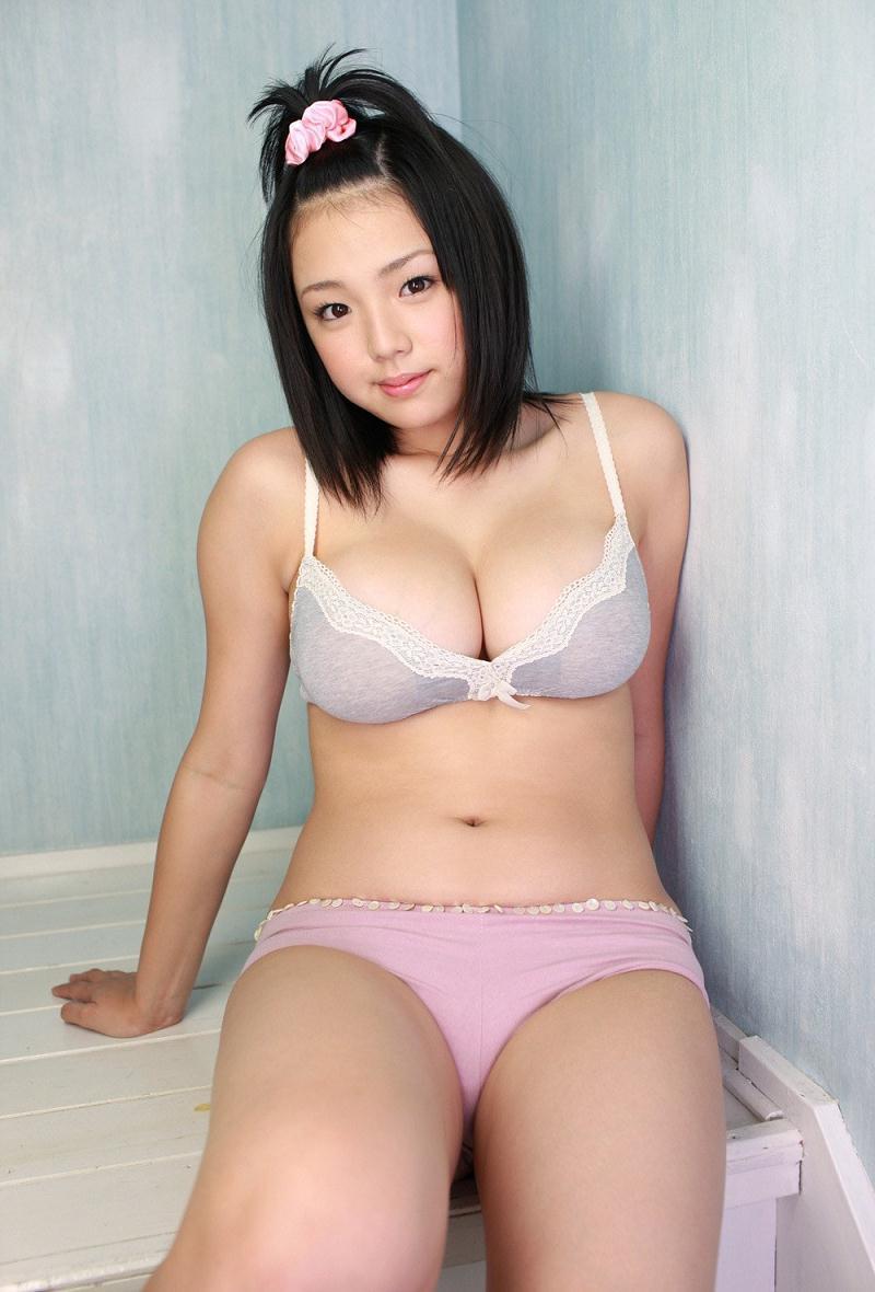 shinozaki_ai294.jpg