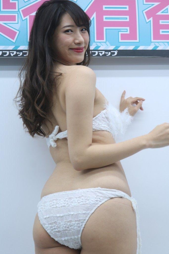 someya_yuka200.jpg