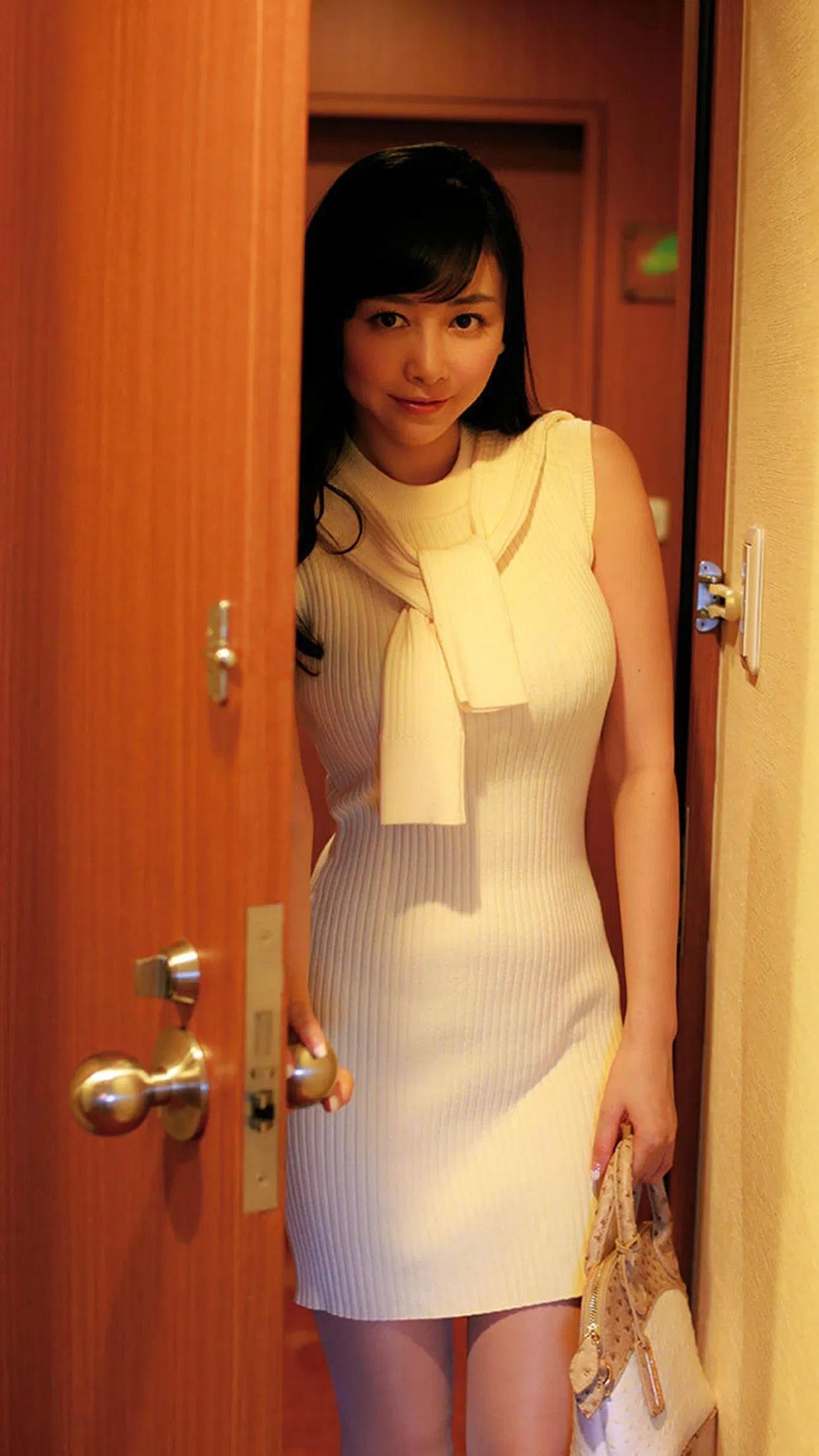 sugihara_anri293.jpg