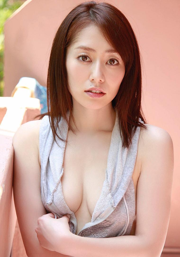 tani_momoko176.jpg