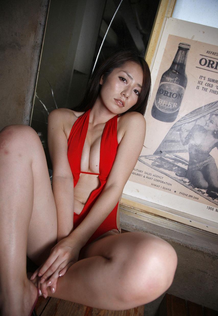 tani_momoko195.jpg