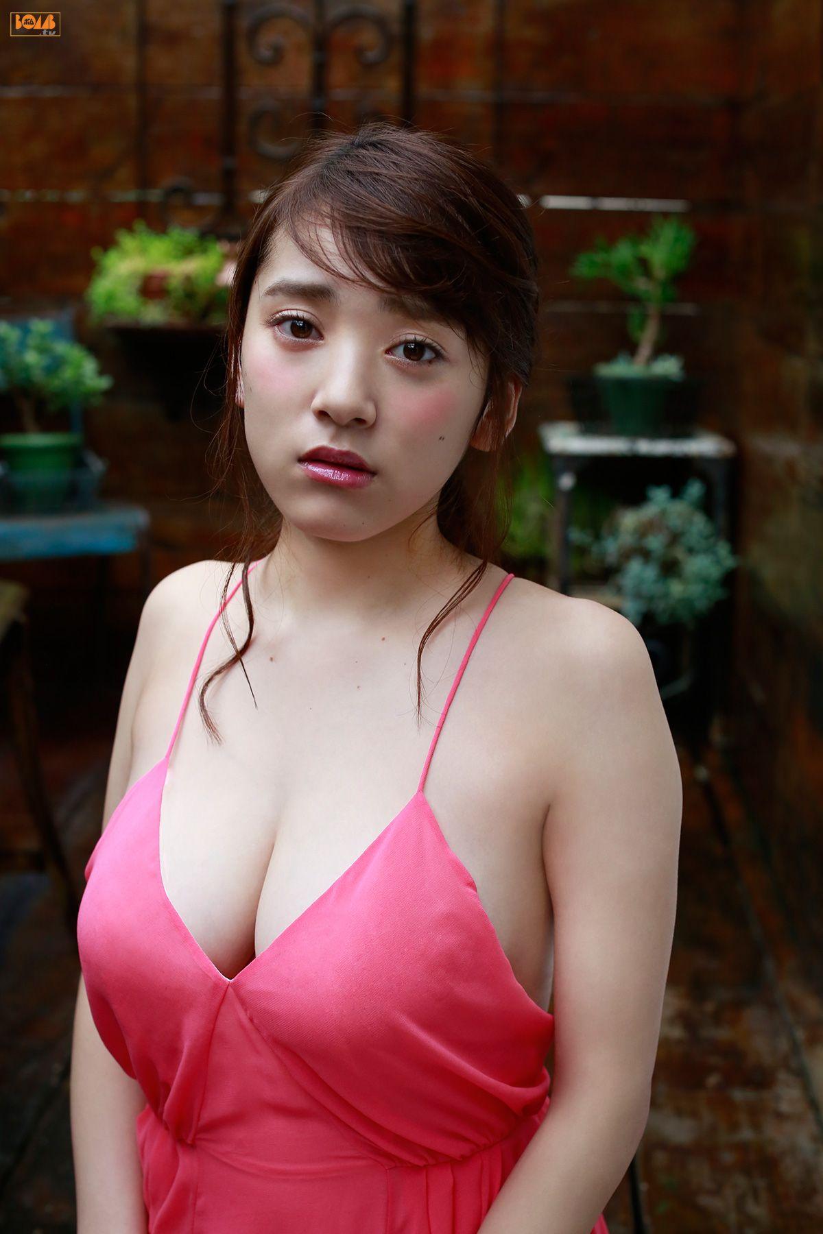 tomaru_sayaka069.jpg