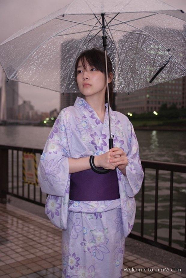 uchida_maaya042.jpg
