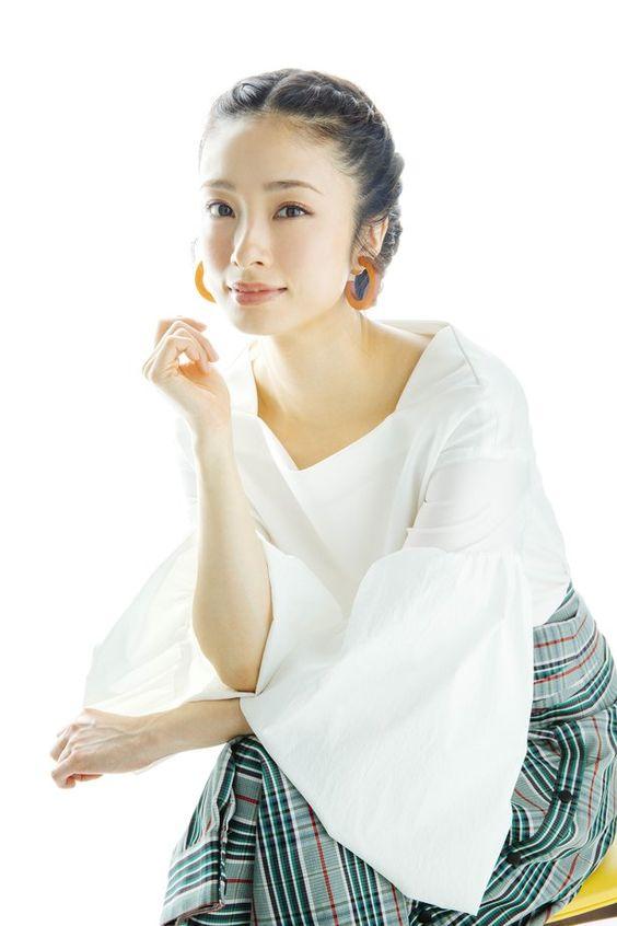 ueto_aya134.jpg