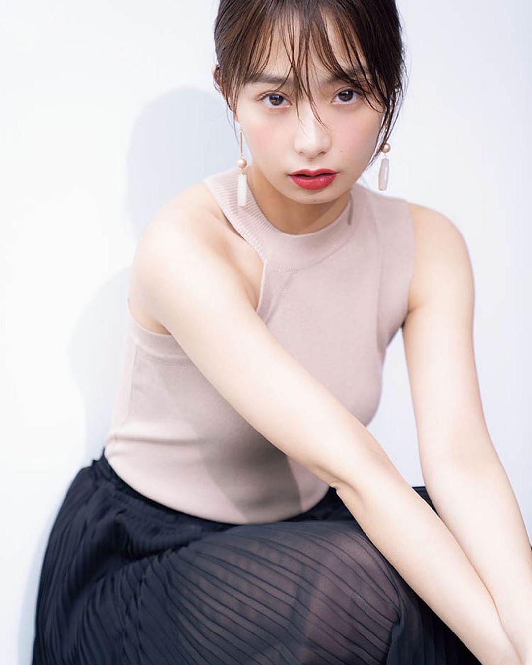 ugaki_misato250.jpg
