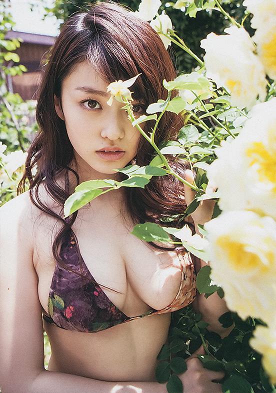 yamachi_mari062.jpg
