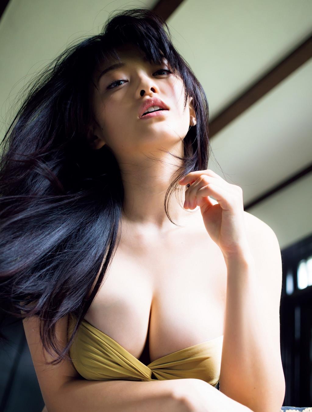 yamachi_mari094.jpg