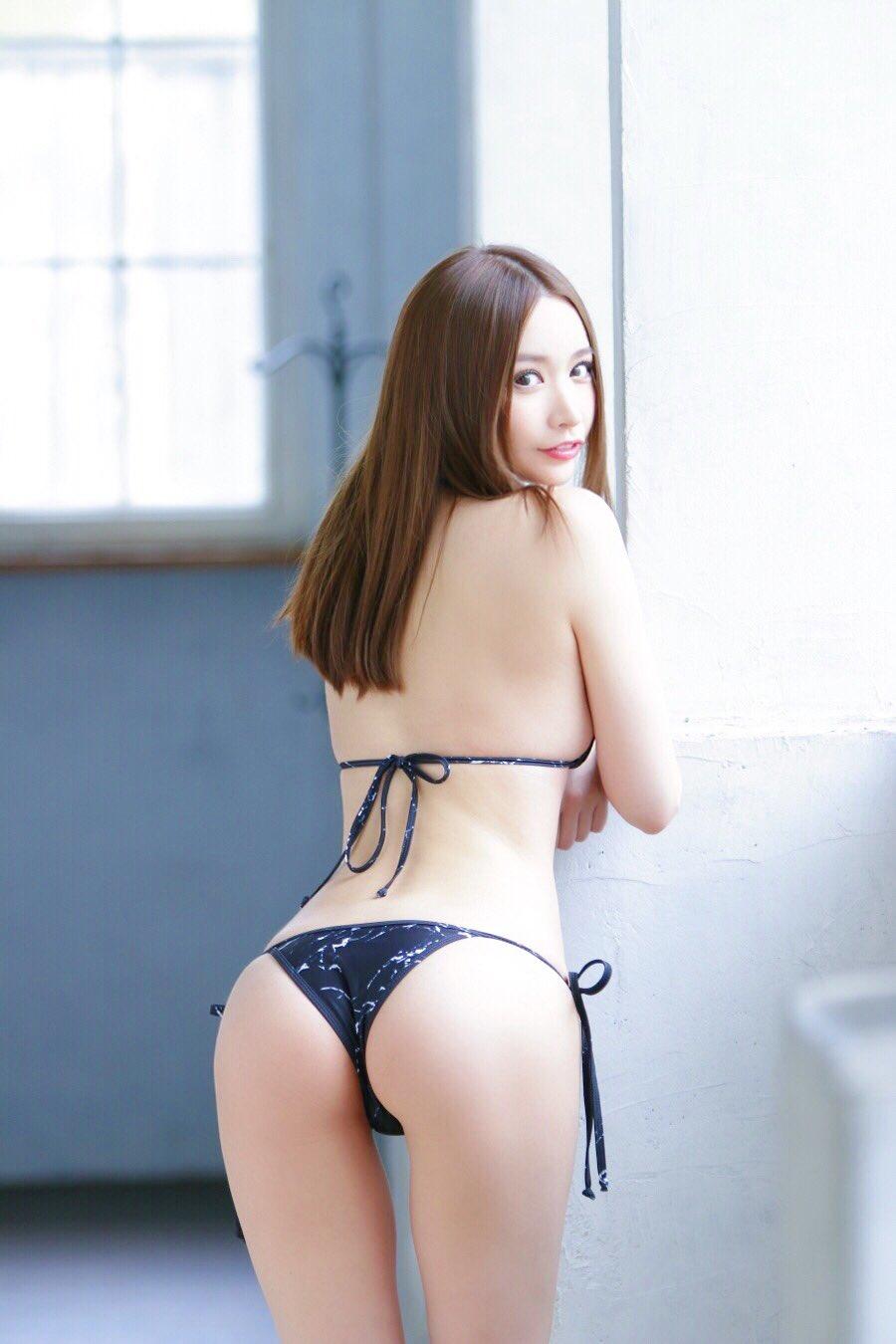 yoshimi_iyo163.jpg