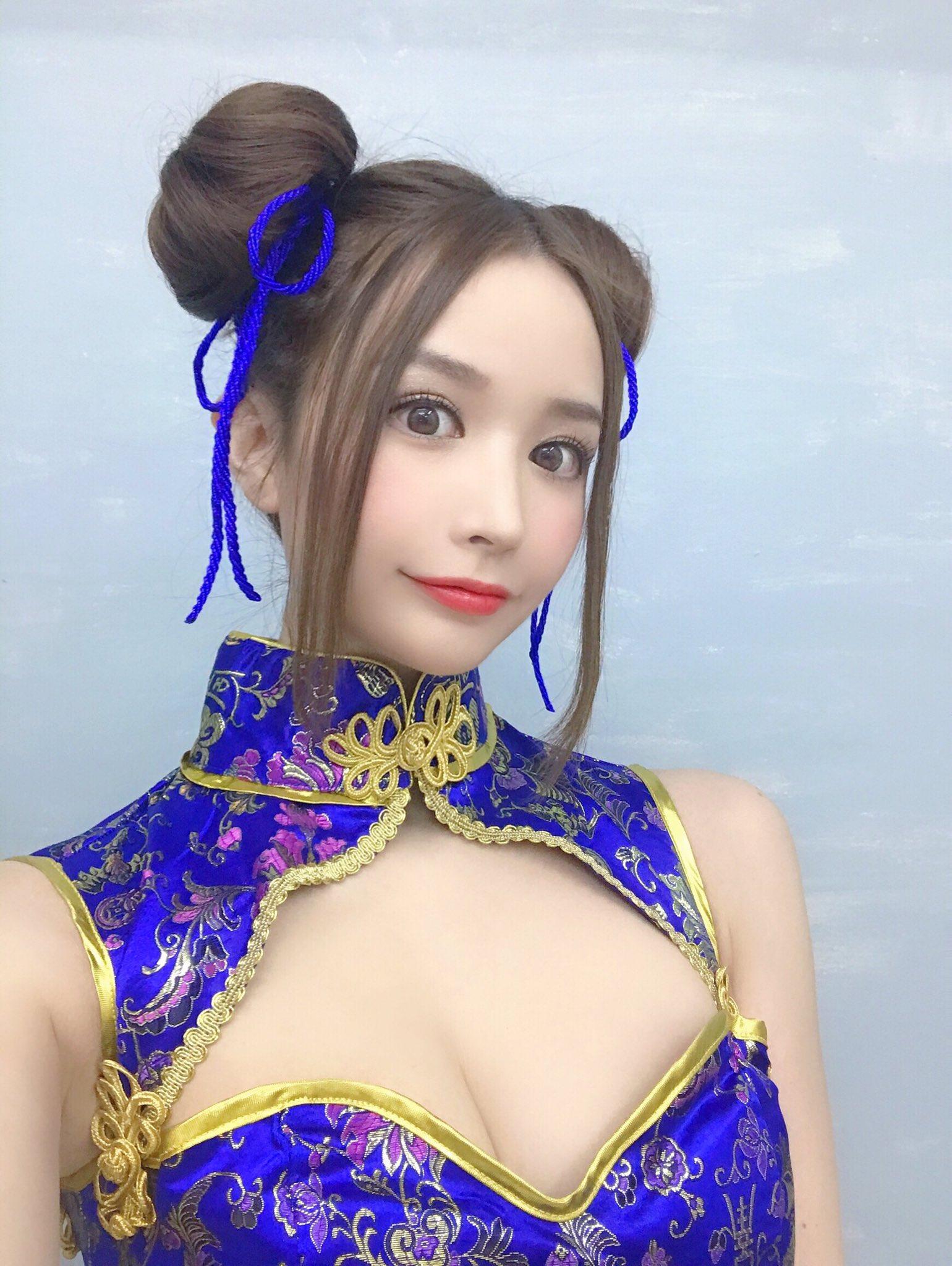 yoshimi_iyo171.jpg