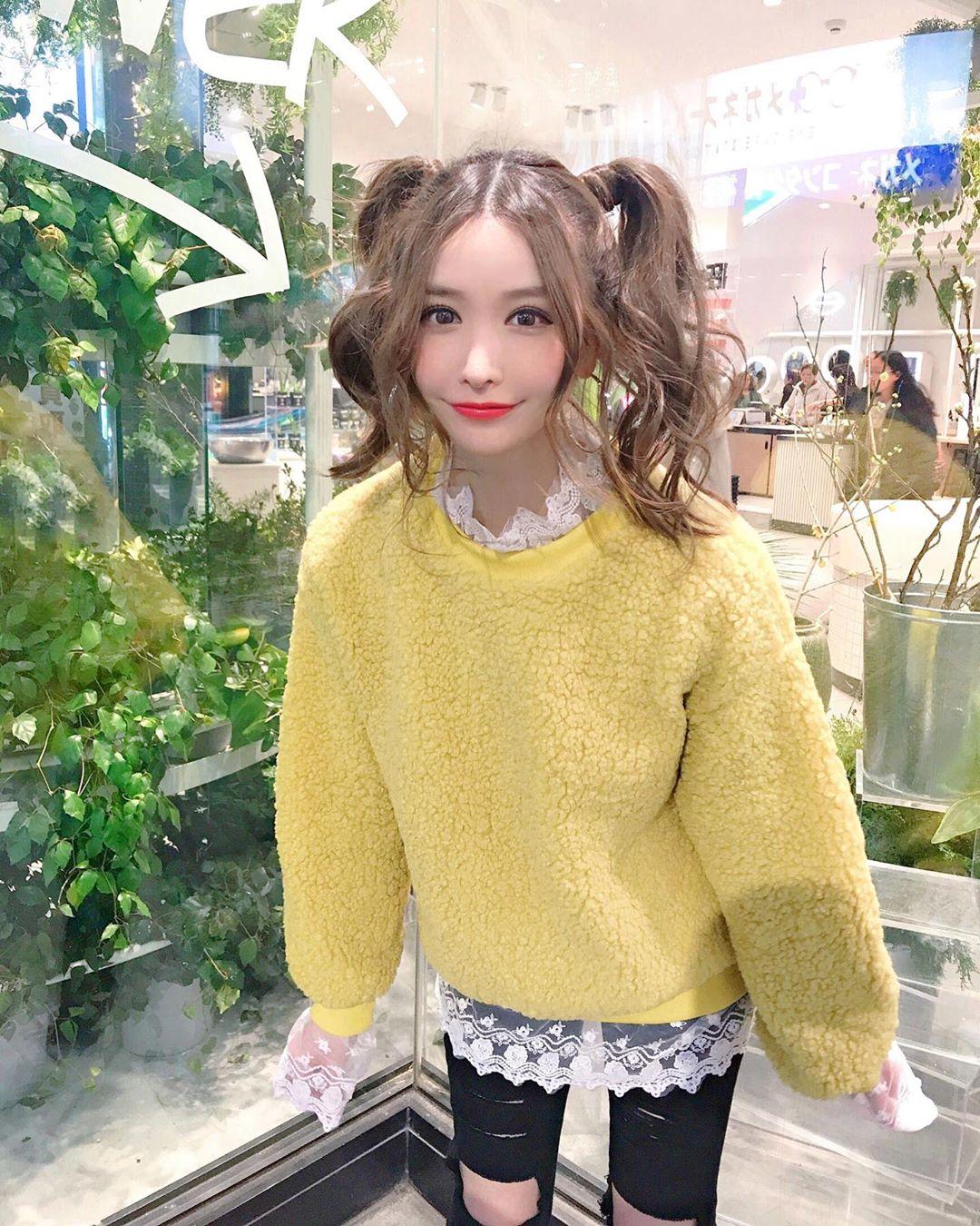yoshimi_iyo196.jpg