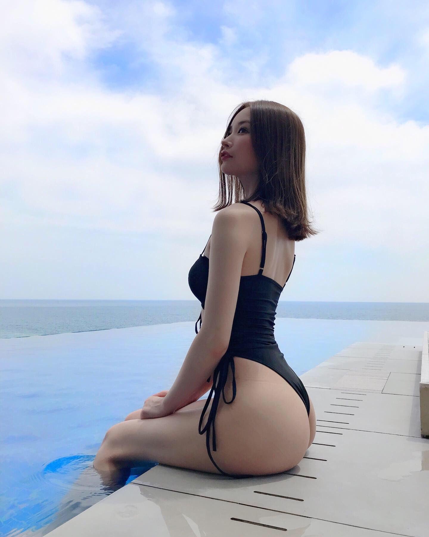 yoshimi_iyo204.jpg