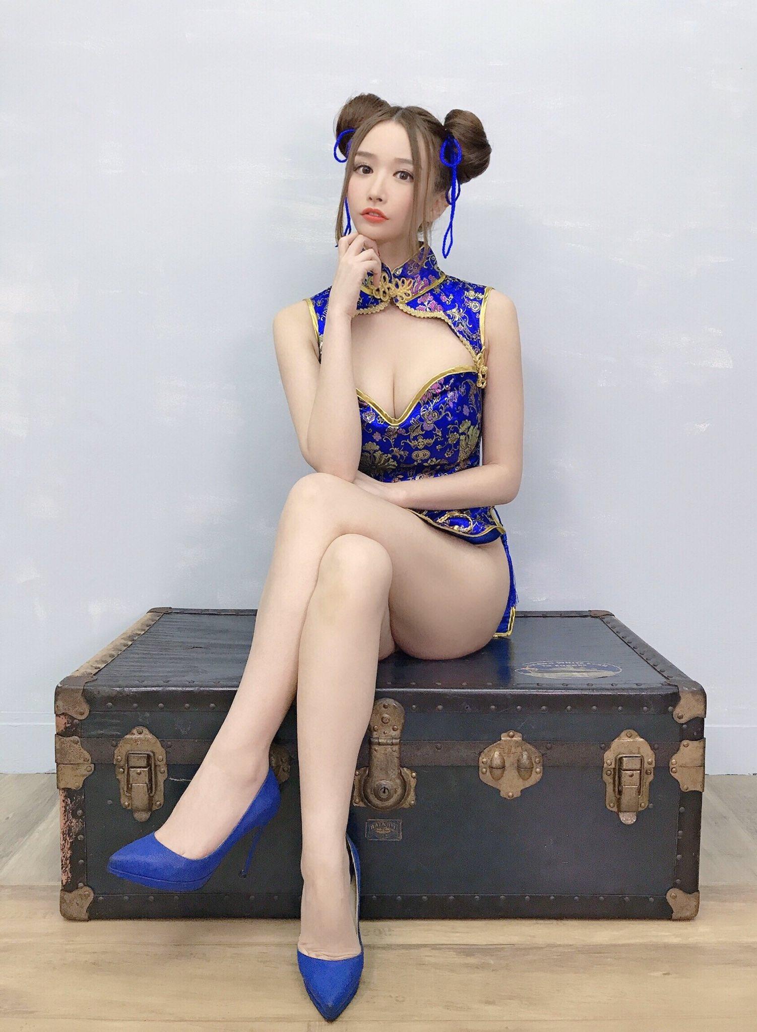 yoshimi_iyo208.jpg