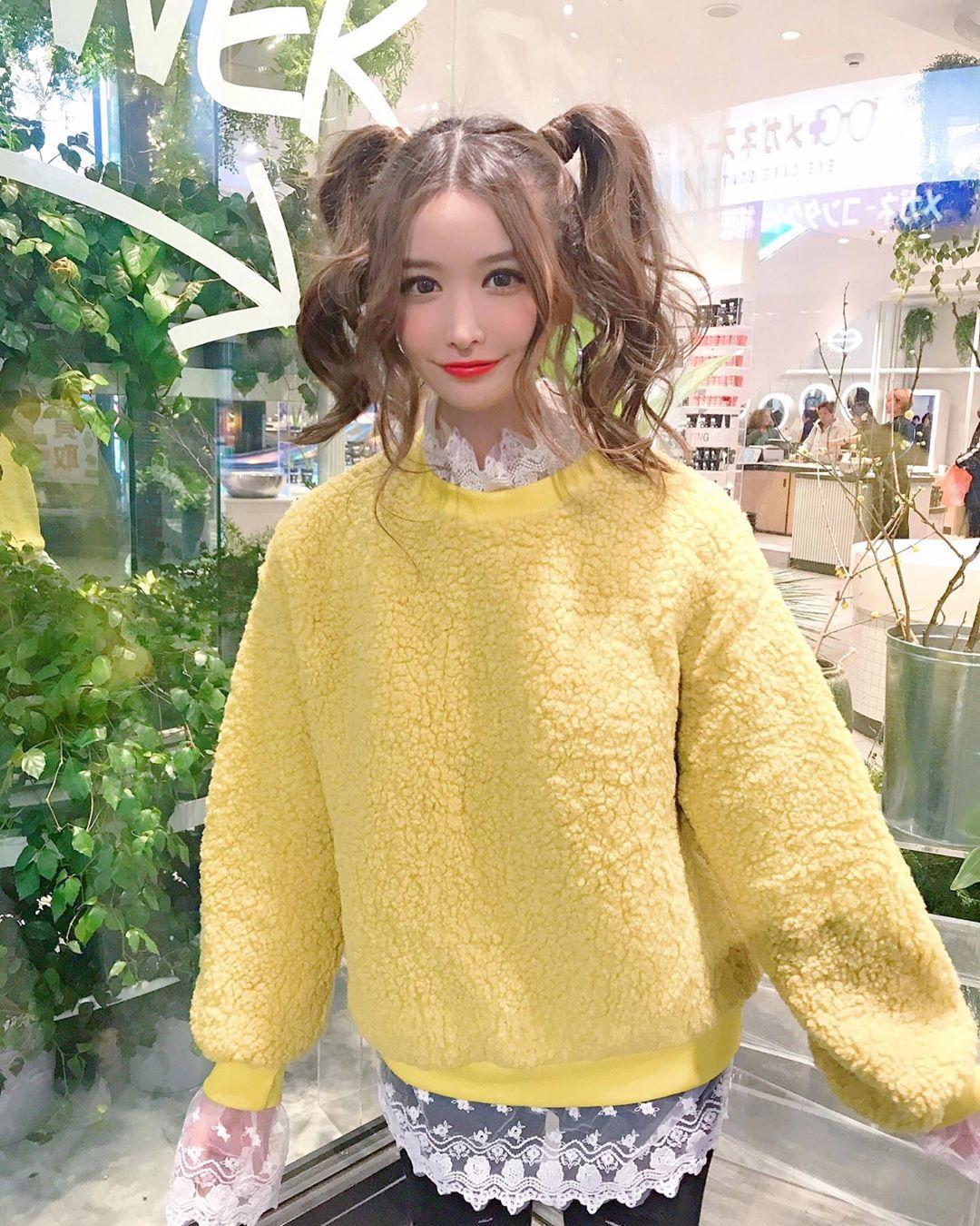 yoshimi_iyo239.jpg