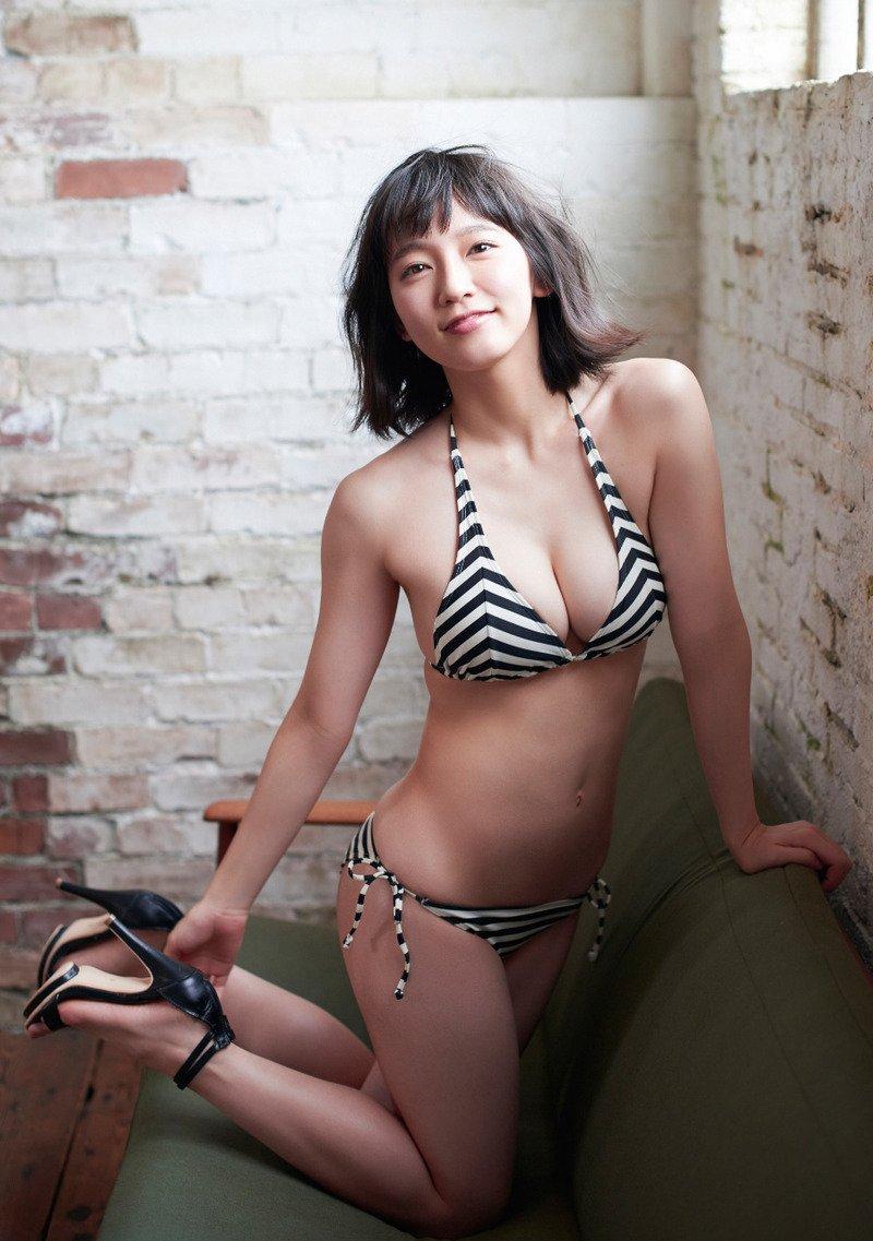 yoshioka_riho094.jpg