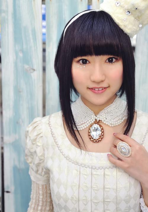 yuuki_aoi025.jpg