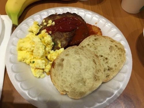 アメリカモーテル朝食イングリッシュマフィン2