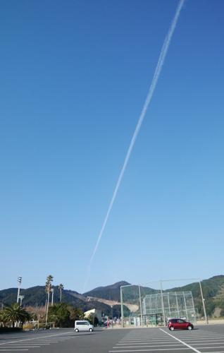 10日ヒコーキ雲