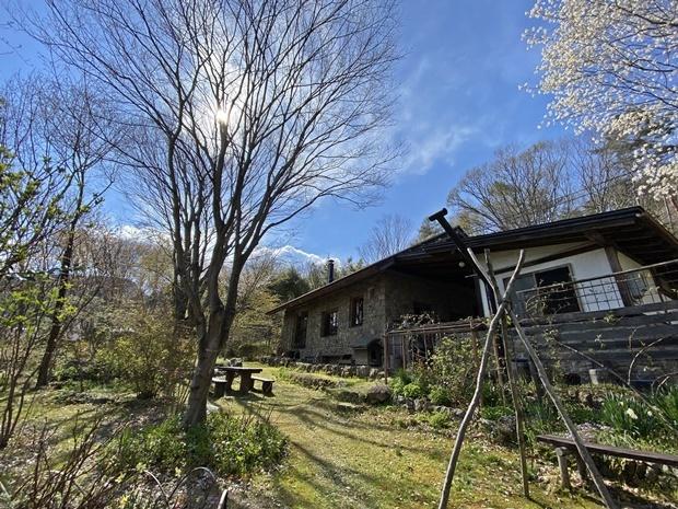 石積みの家の芽吹き始まり