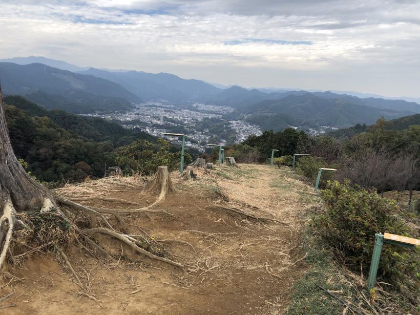 長淵山から日の出へ抜ける18