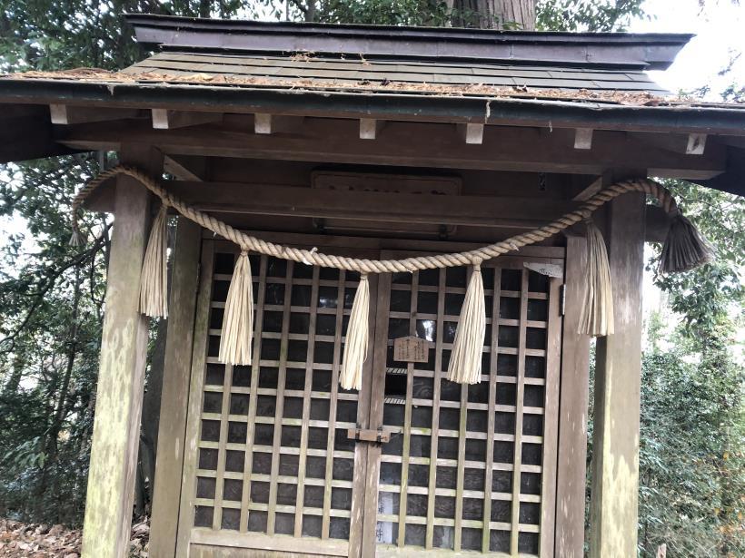 網代弁天山から高尾神社51