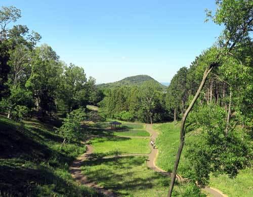 200511千塚古墳群から畝傍山