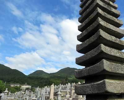 200812中将姫墓塔2