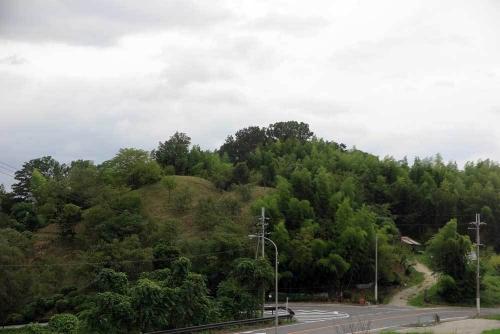 200903竹内古墳群遠望