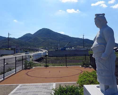 2009腰折田と二上山