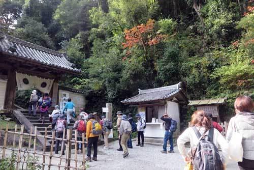 201112松尾寺山門