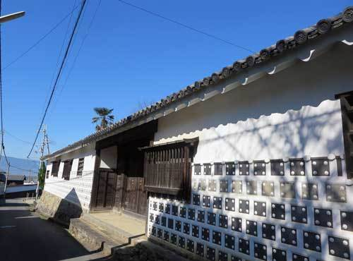 201115植村家長屋門
