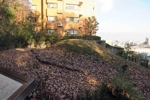 201205中山荘園古墳3