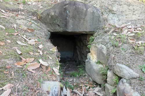 201205中山荘園古墳2