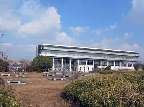 201223奈良県図書情報館