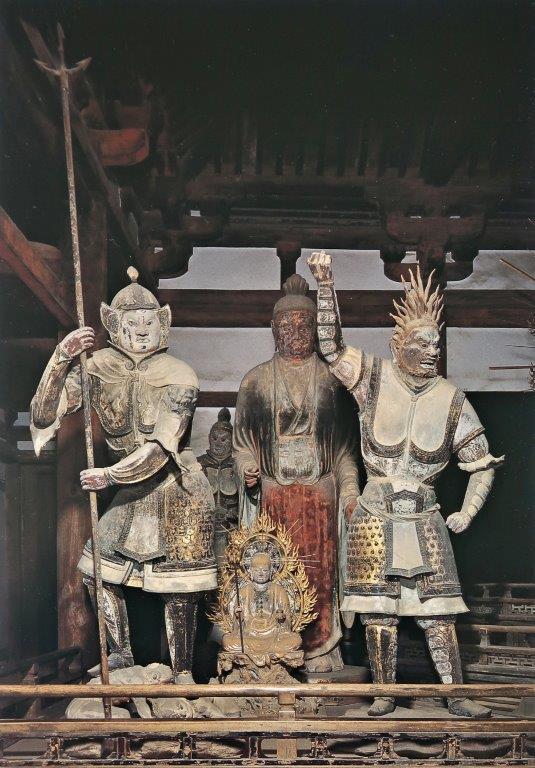 法華堂安置の8躯の脱活乾漆像(向かって左側)