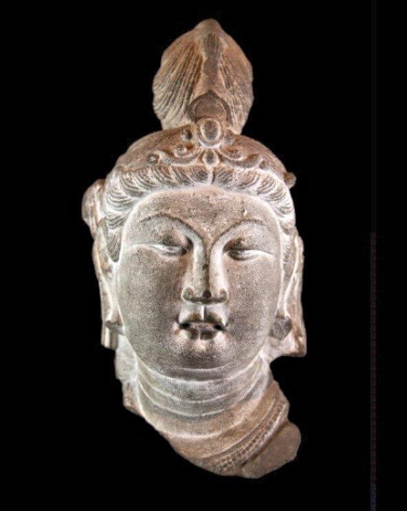 223天龍山石窟①:天龍山石窟の美しい唐代彫刻(第14窟)メトロポリタン美術館蔵